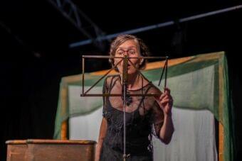 2506_1500_Divadelní spolek Pruhované panenky_O Snhurce_foto Ester Šebestová (1)